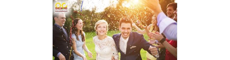Sparacoriandoli, petali, palloncini e lanterne volanti per matrimonio